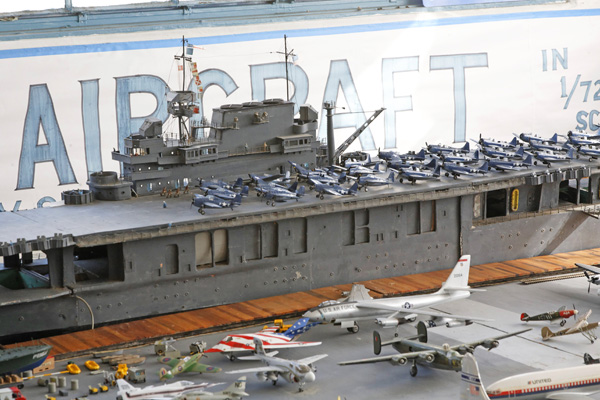 I Built A Section Of The Uss Hor S Deck On Large Styrofoam Base Using Scanned Copy 8 X8 Aircraft Carrier Included In Ci