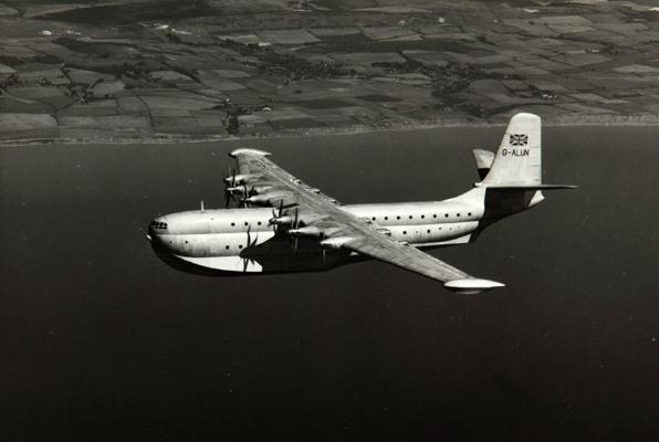 Saunders-Roe SR_dot_45 Princess — San Diego Air  Space Museum archive photo