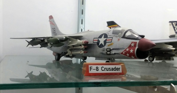 LTV F-8 Crusader model loaded for bear with AIM-9 as well as AIM-4 missiles and variety of bombs (it must have required air-to-air refueling minutes after taking off!) — photo by Joseph May