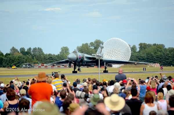 Avro Vulcan landing at  RIAT 2015 — copyright Alex Horrox 2015