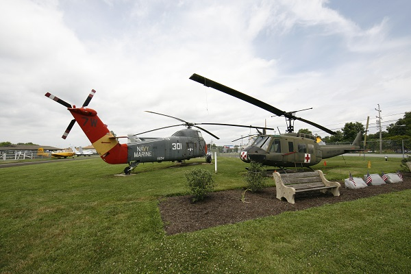 Sikorsky UH-34J Sea Bat and Bell UH-1V Huey at the Wings of Freedom Museum — Joseph May:Travel for Aircraft