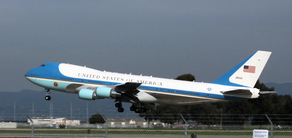 """Boeing VC-24 """"Air Force One"""" departing Moffatt Field—image and copyright by Nick Veronica 2016"""