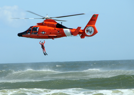 091108-N-5812W-004 JACKSONVILLE BEACH, Fla. (Nov. 8, 2009) The U.S. Coast Guard demonstrates how they conduct a search and rescue during the 2009 Sea and Sky Spectacular. The Sea and Sky Spectacular is part of the Week of Valor at Jacksonville Beach. (U.S. Navy photo by Mass Communication Specialist 2nd Class Sunday Williams/Released)