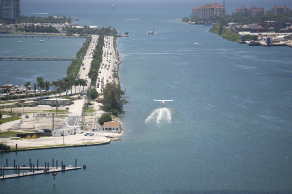 Cape Air Cessna Caravan on approach to Miami Seaplane Base—photo by Joseph May:Travel for Aircraft