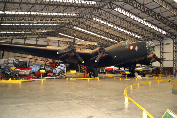Handley Page Halifax Mk III—image copyright by Ross Sharp