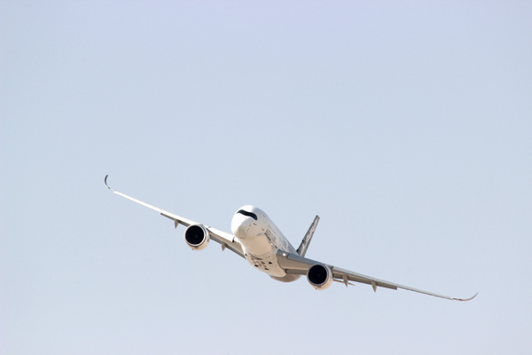 blog-airbus-a350-22705128030_1a5bfef75a_o