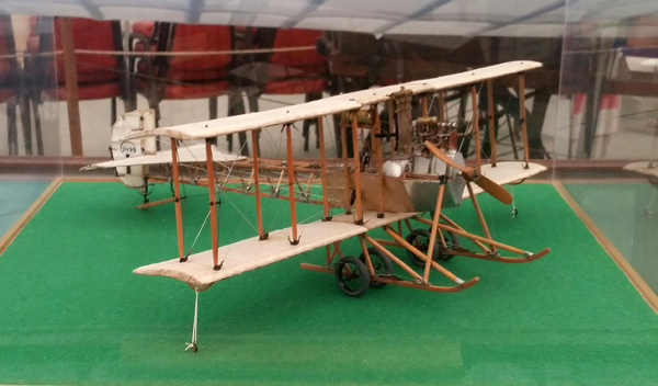 blog-avro-type-d-circa-1911-model-fast