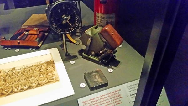 blog-compass-and-cigarette-tin-from-shot-down-he-111s-gunsight-from-a-shot-down-bf-109-national-war-museum-of-scotland-20170209_123306