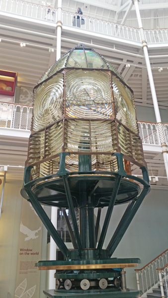 blog-inchkeith-lighthouse-dioptic-lens-national-museum-of-scotland-20170208_110541