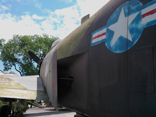 Douglas A-1H Skyraider — photo by Catherine Dowman ©2013