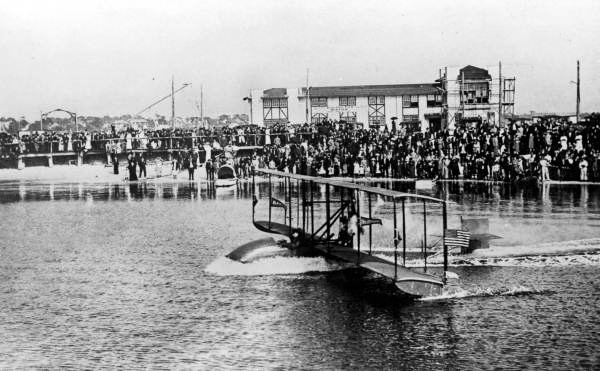 First regularly scheduled airline flight 1914 St Pete — State Archives of Florida photo